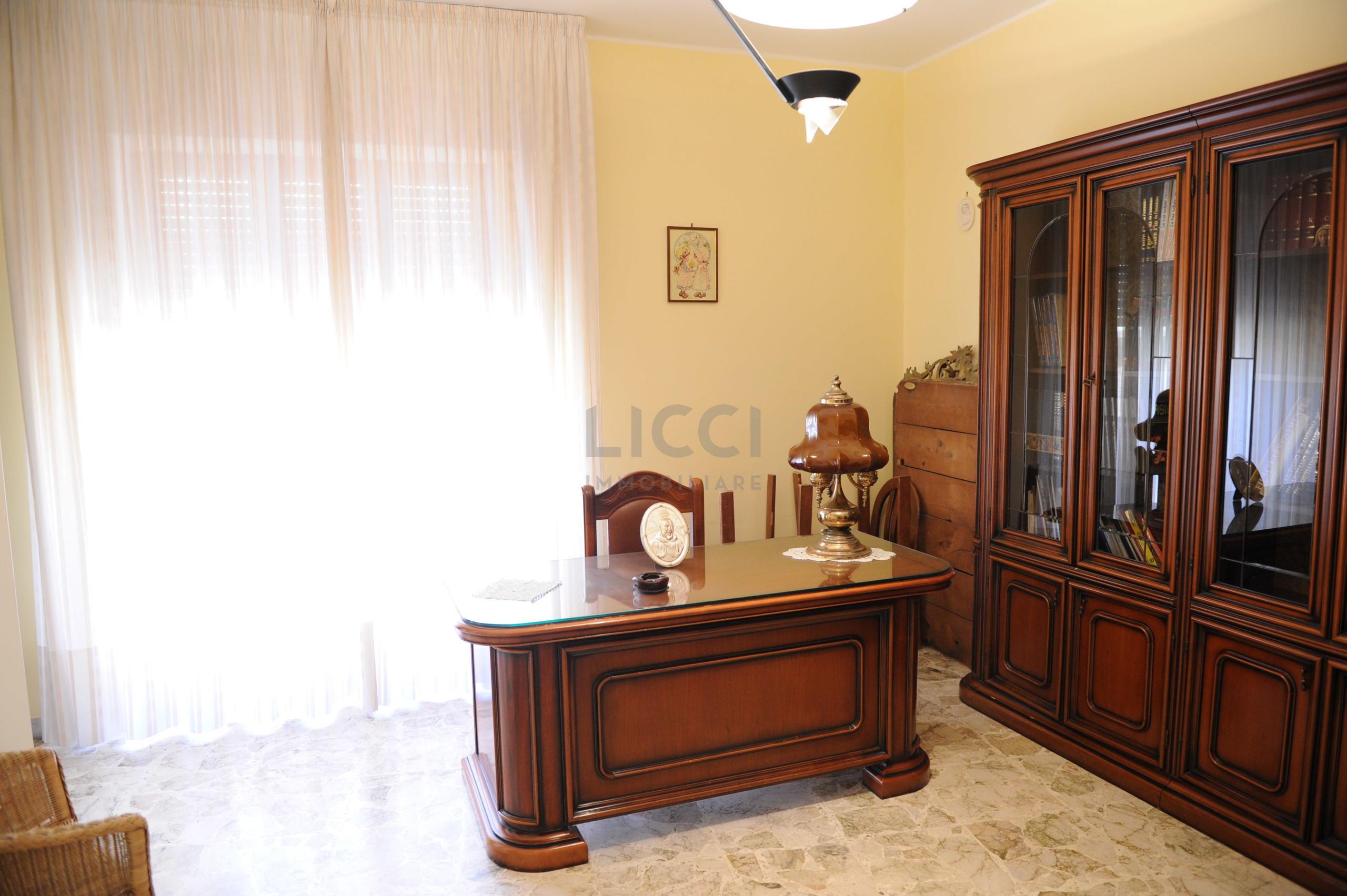 Appartamento a Monopoli Via Luigi Finamore Pepe 47, Centrale